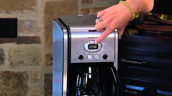 Clean cuisinart coffee maker