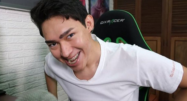 Fernanfloo net worth