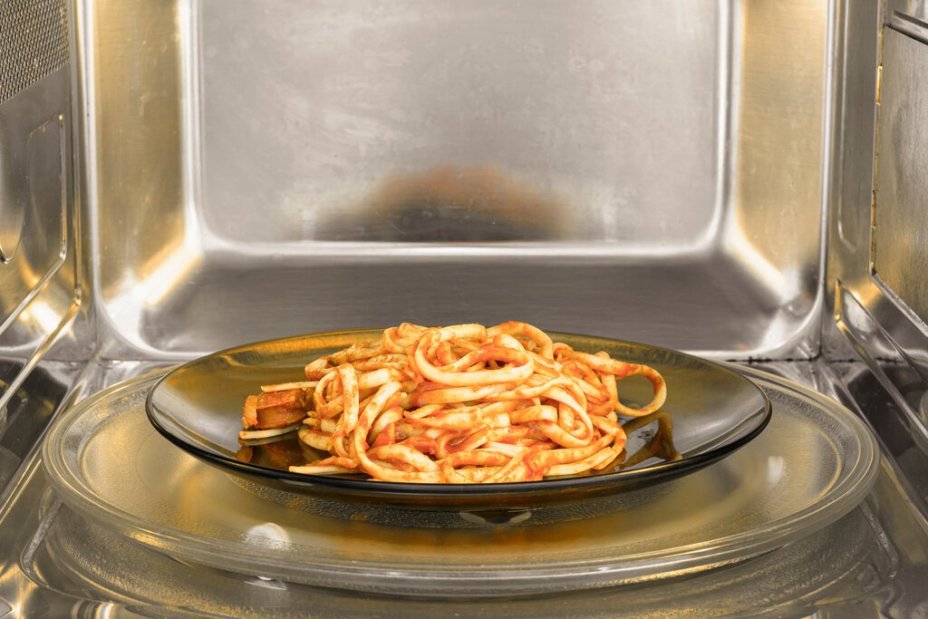 How long does it take to cook pasta in the microwave